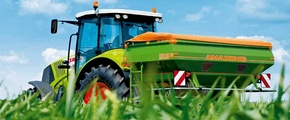 Yara Crop nitrogen fertilizer spreader