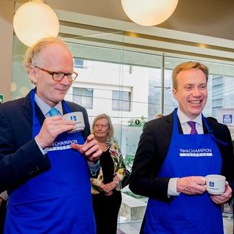 Ambassador Johan Vibe and Foreign Minister Børge Brende