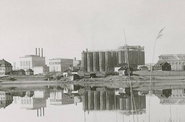 Porsgrunn plant at Herøya circa 1930