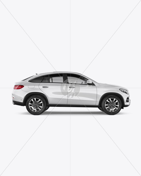 Mercedes-Benz GLE Coupe 2016 Mockup - Side view