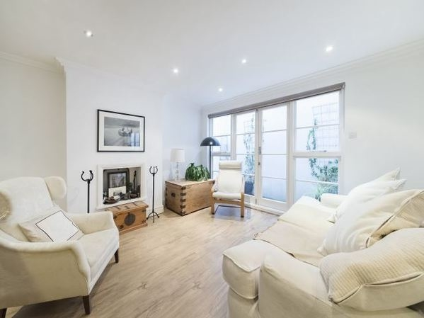 Lighting is key - YOUhome Notting Hill Estate Agents