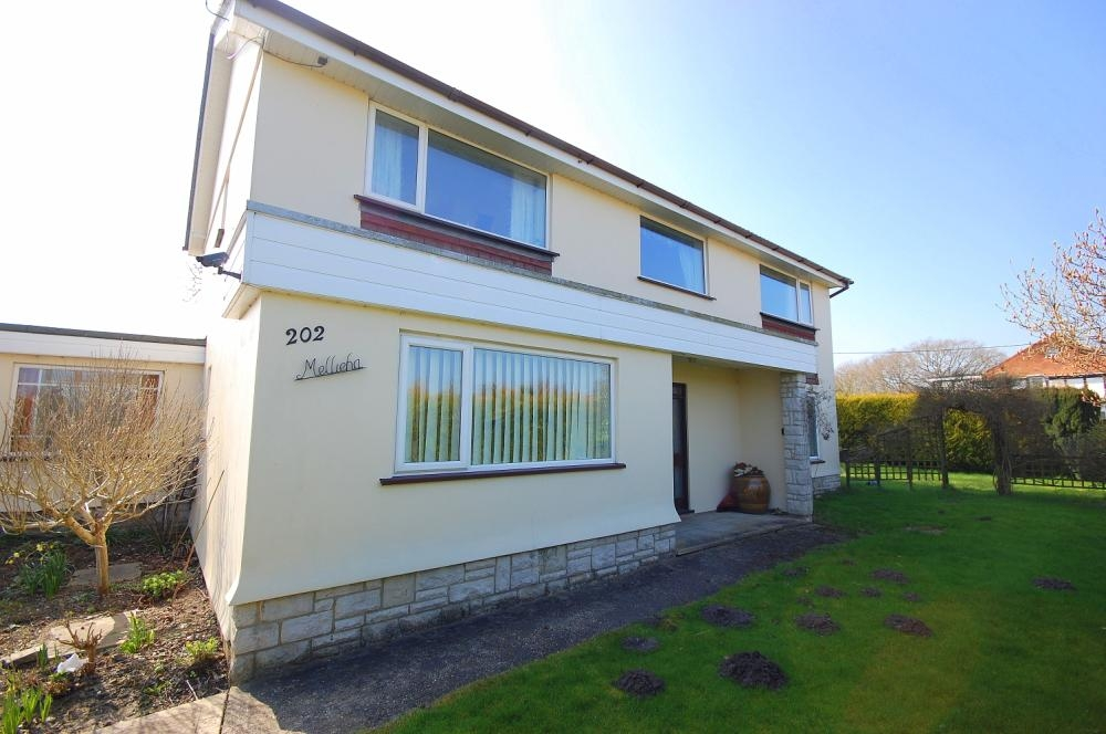 MUVA Estate Agents : Christchurch Road, West Parley, Ferndown