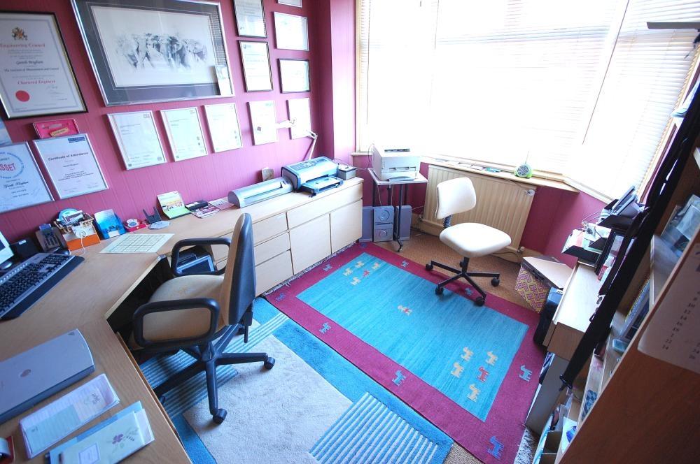 MUVA Estate Agents : Bedroom Three