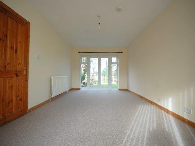 MUVA Lettings Agents : Living area