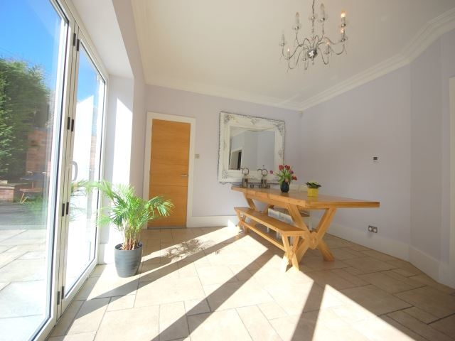 MUVA Lettings Agents : Dining area