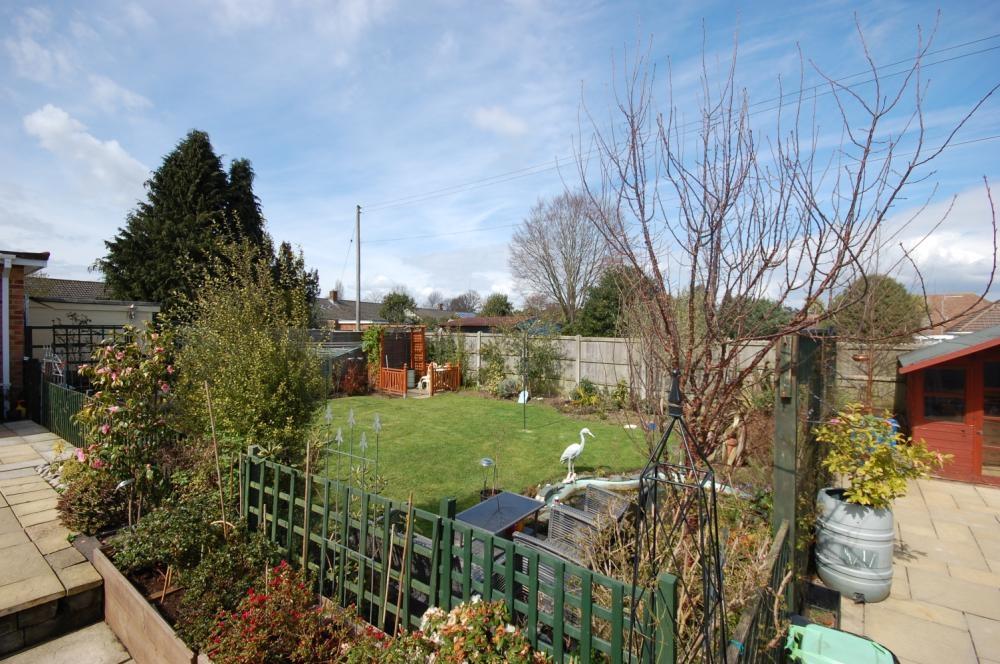 MUVA Estate Agents : Rear Garden 2