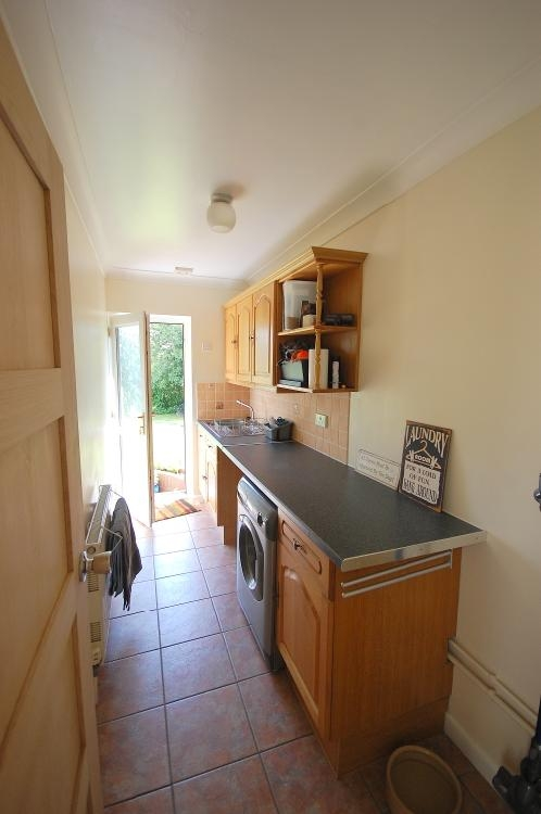 MUVA Estate Agents : Utility Room