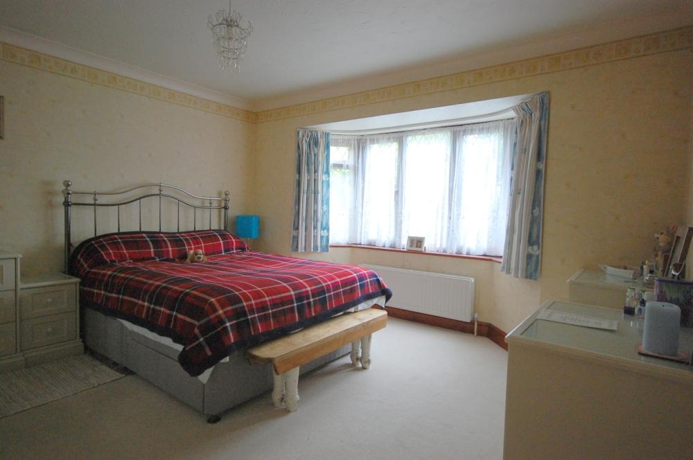 MUVA Estate Agents : Bedroom One