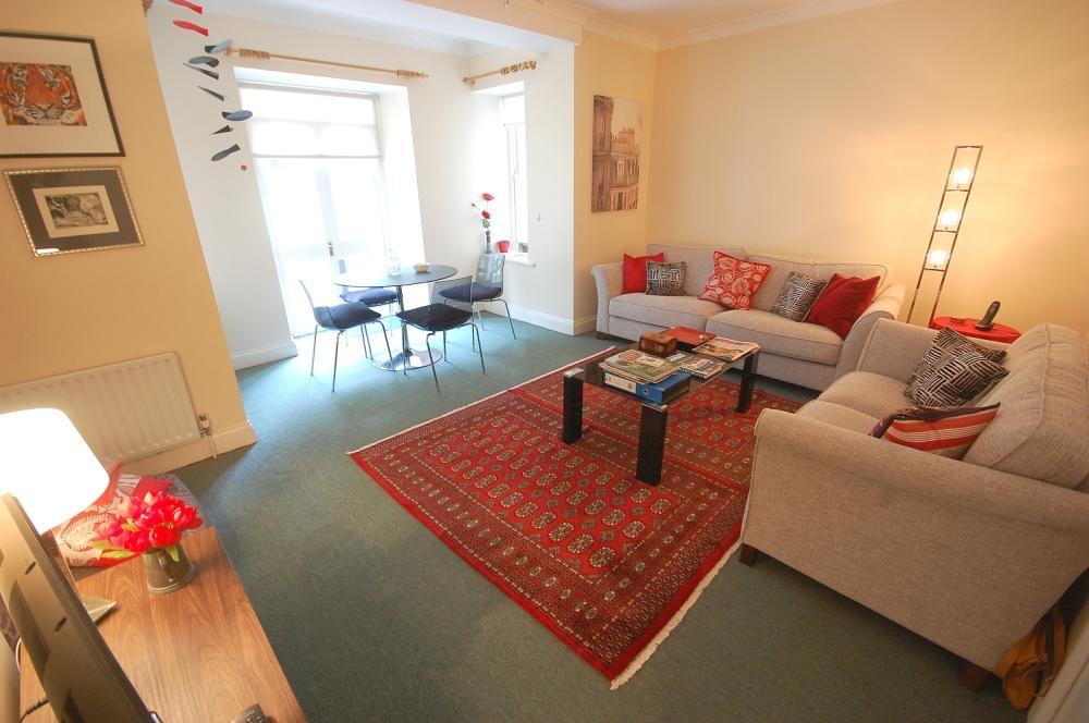 MUVA Estate Agents : Lounge/Diner