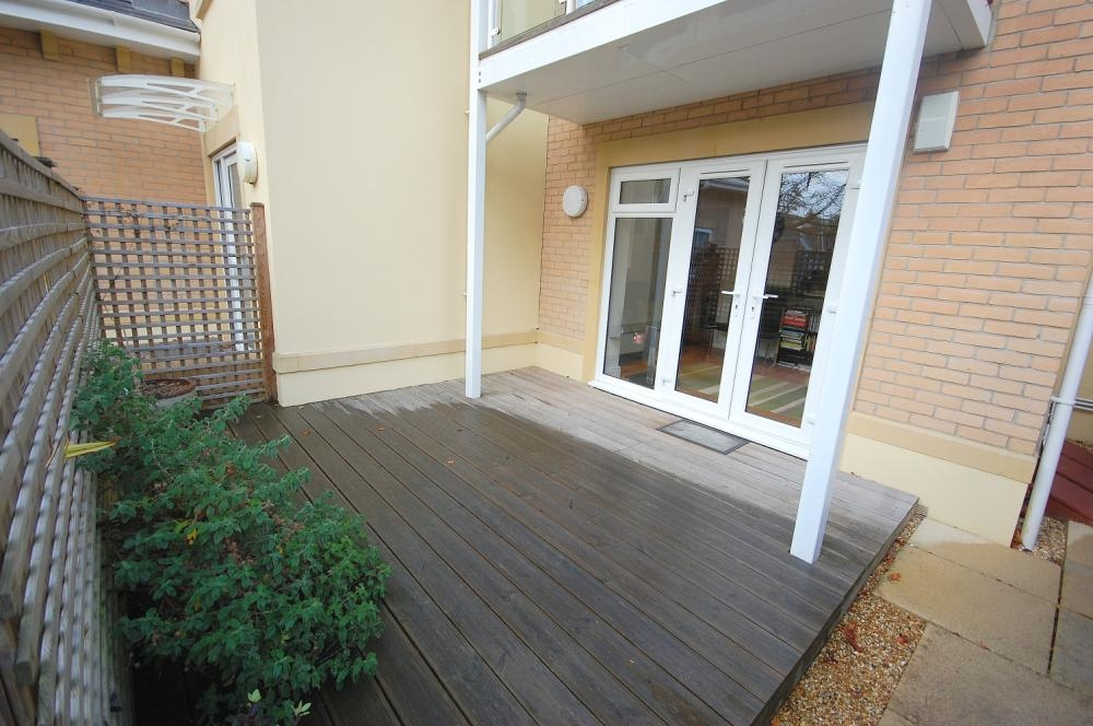 MUVA Estate Agents : Private Decked Area