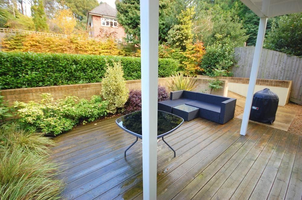 MUVA Estate Agents : Private Decking