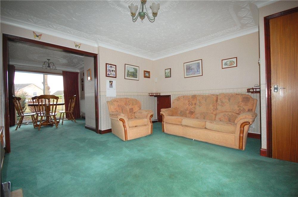 MUVA Estate Agents : Lounge Shot 2