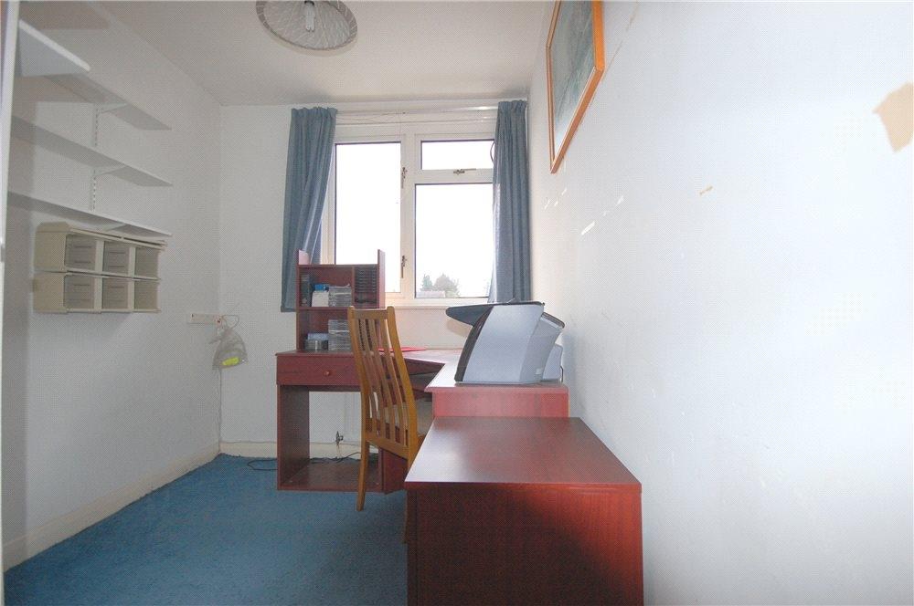 MUVA Estate Agents : Bedroom 4/Study
