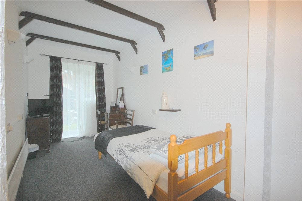 MUVA Estate Agents : G/F Bedroom 2