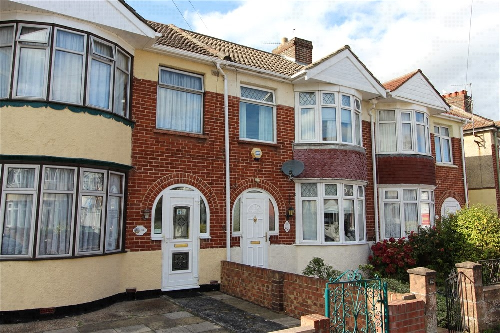 MUVA Estate Agents : Hill Park Road, Gosport