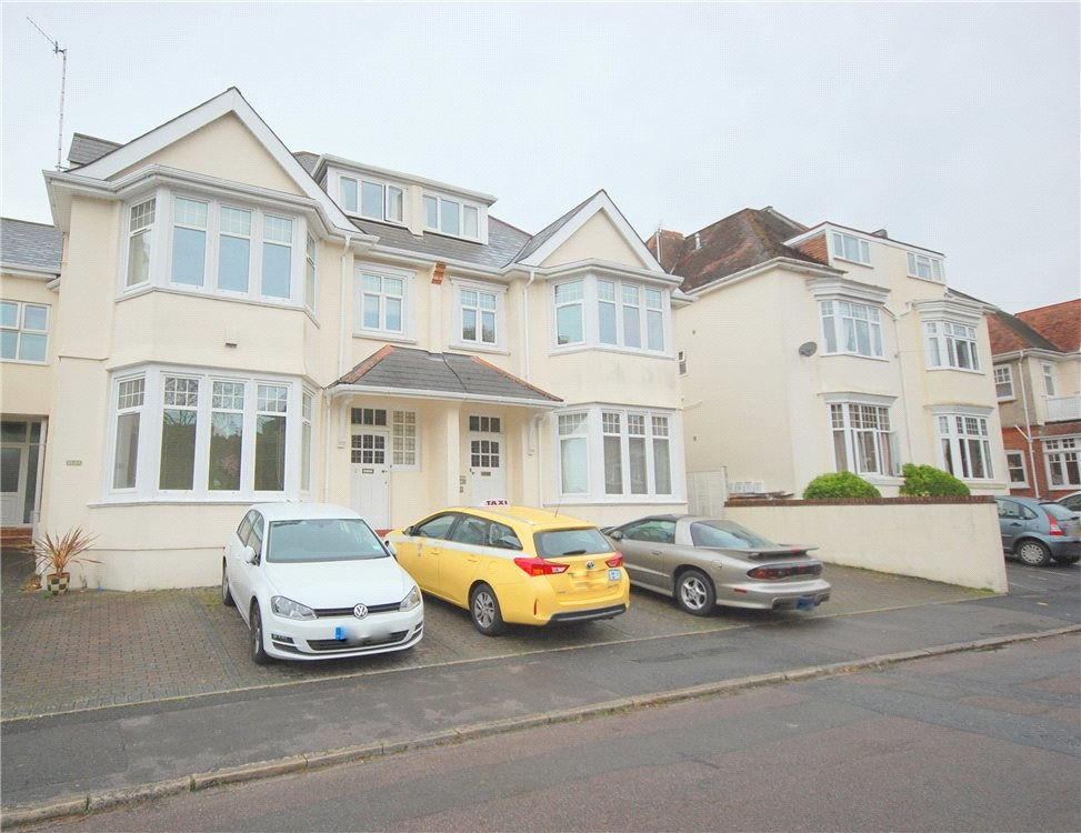 MUVA Estate Agents : Studland Road