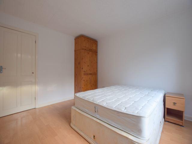 MUVA Lettings Agents : bedroom 1