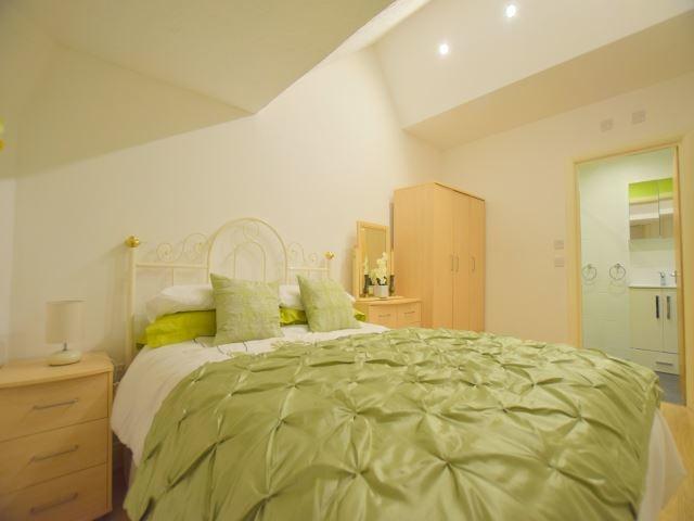 MUVA Lettings Agents : bedroom1
