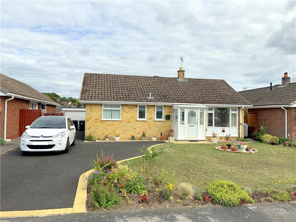 MUVA Estate Agents : West Moors, Ferndown