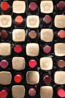 Bobbi Brown rediscovers The New Classics for autumn