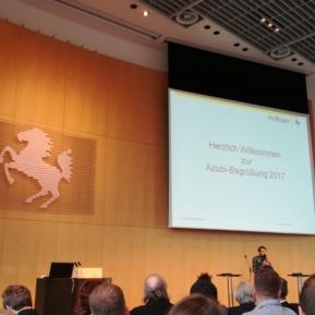 Landeshauptstadt Stuttgart, Zentrale Begrüßung der neuen Auszubildenden durch den Oberbürgermeister