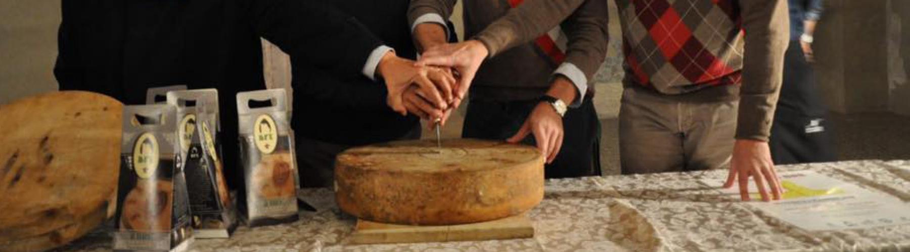 Copertina evento TAGLIO DEL BRÈ formaggio tipico di Breno