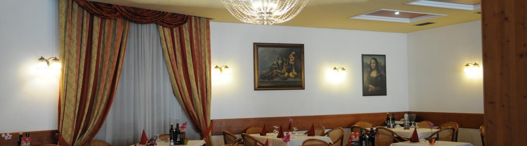 Copertina HOTEL ETERNITA' Ristorante e Pizzeria