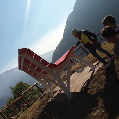 Foto La Panchina Gigante di Edolo