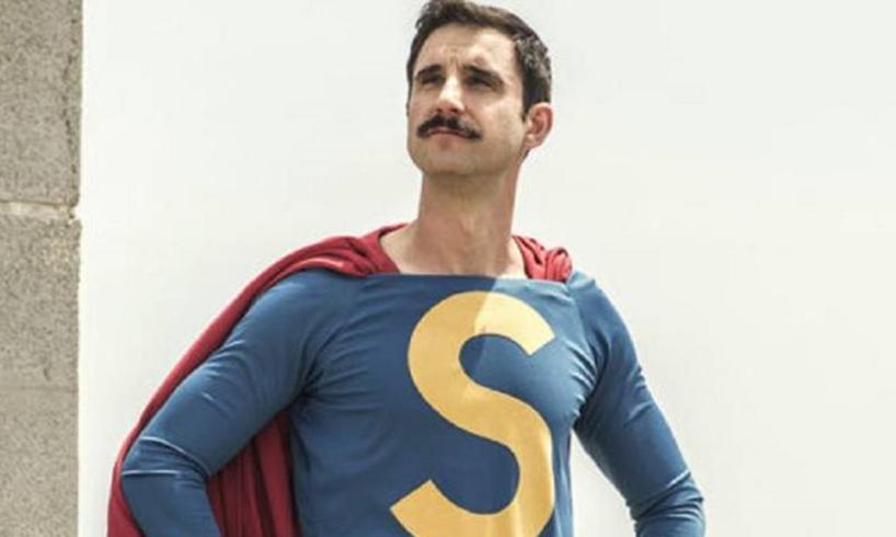 Un superhéroe de aquí