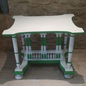 Table style collonades Laetitia