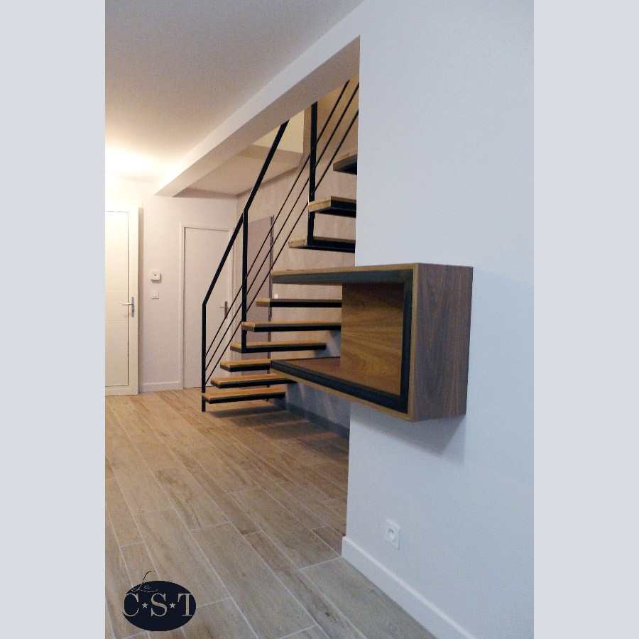 cadre photo escalier gallery of with cadre photo escalier great comment faire un mur de cadres. Black Bedroom Furniture Sets. Home Design Ideas