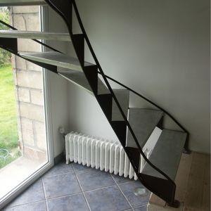 Escalier acier et alu Pierre