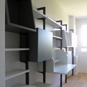 Bibliothèque modulaire sur montants métalliques MODIFIER Christophe