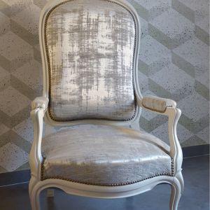Recouverte d'un fauteuil Louis Phiippe Julie