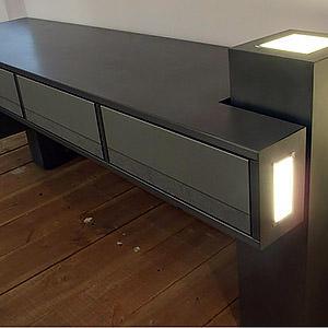 meuble multimédia hifi 4 portes en acier éclairage leds Frédéric