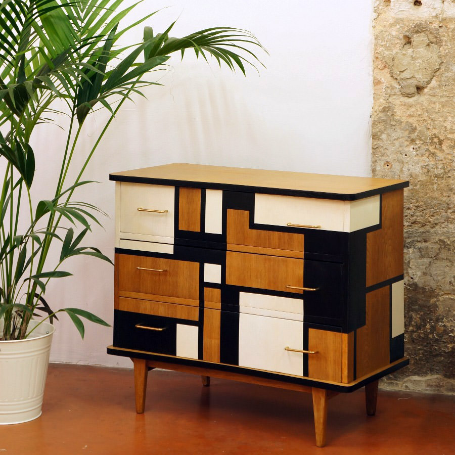 personnalisation commode vintage par floriane s. Black Bedroom Furniture Sets. Home Design Ideas