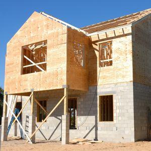 Construction d'une maison à façade sur-élevé Didier