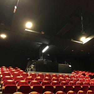 Eclairage salle de spectacle Cédric