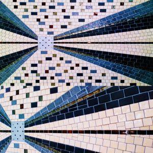 Sol de douche à l'italienne de style Art Déco Pierre