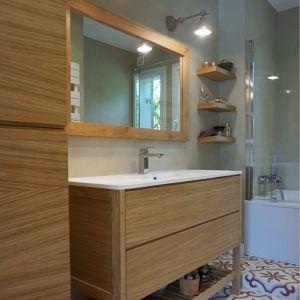 Ensemble meubles de salle de bain. Christophe