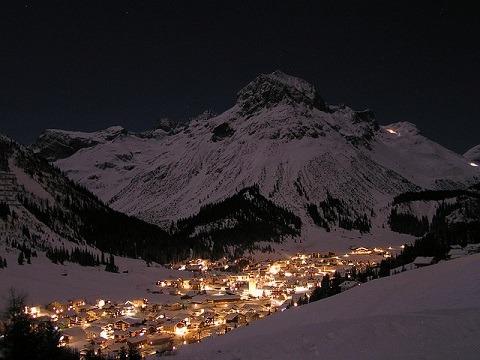Lech Arlberg Oostenrijk in de nacht