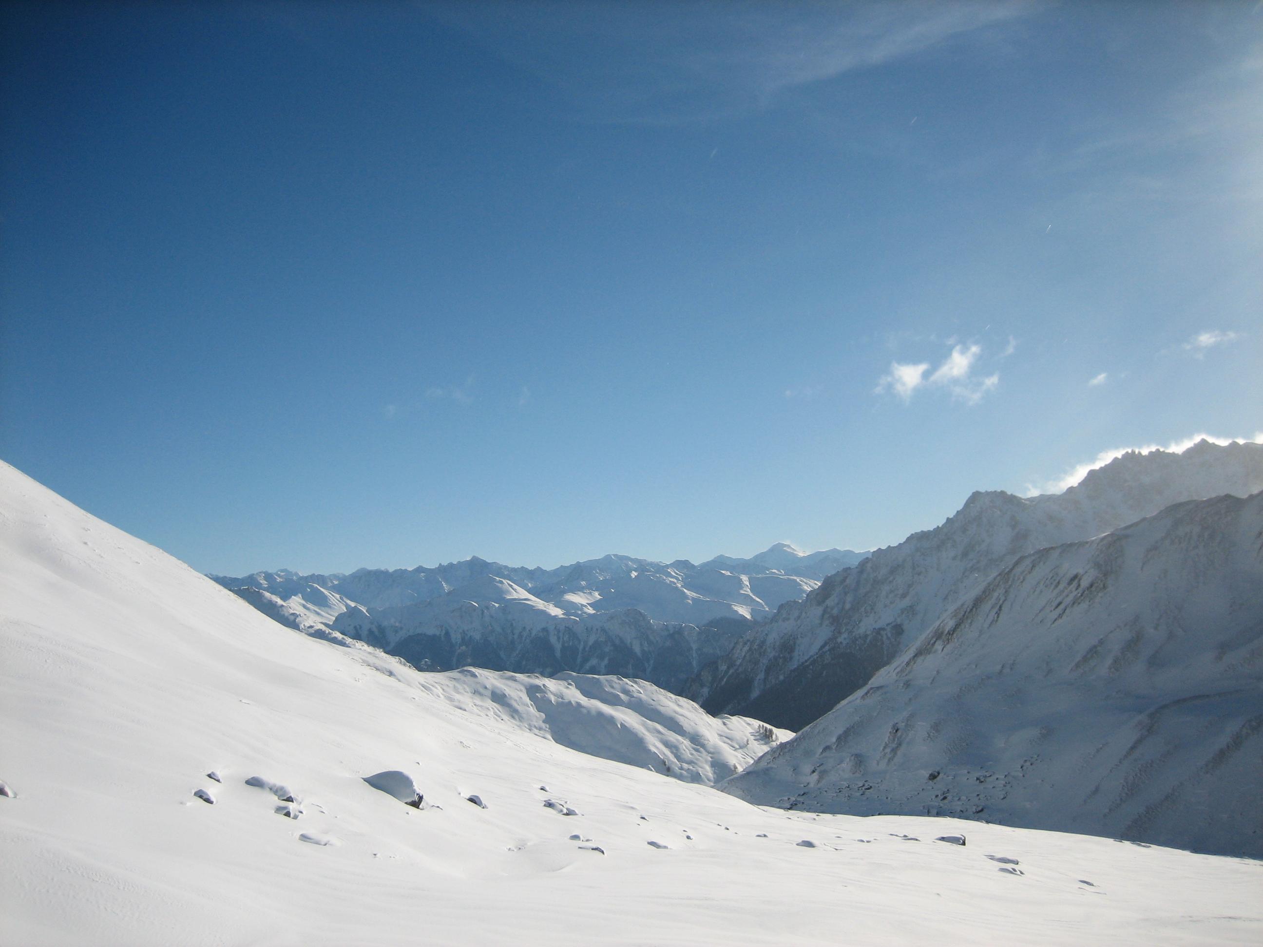 Uitzicht Zell am See Oostenrijk sneeuw met bergen