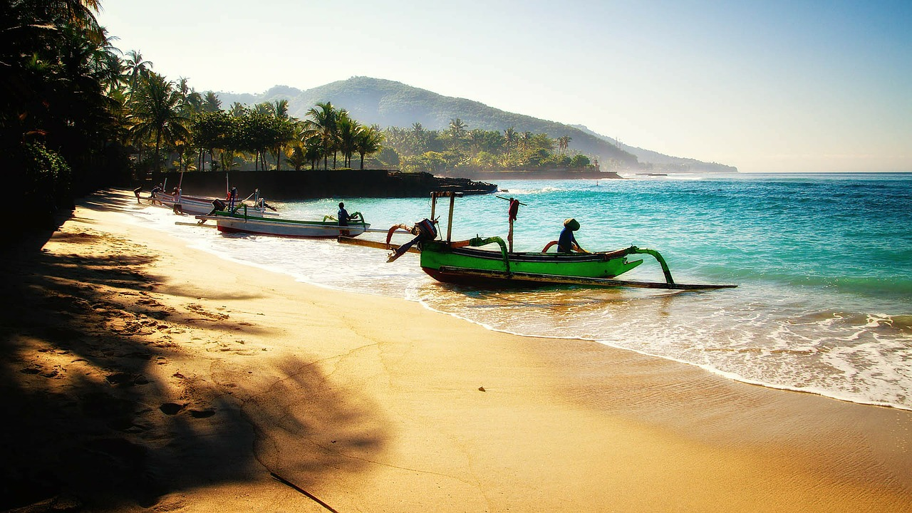 Ansicht Bali, Strand und Palmen