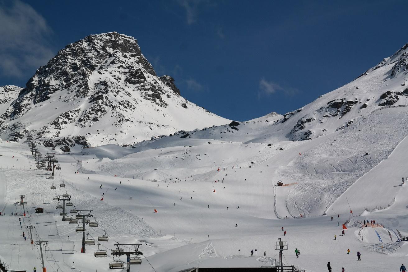 Piste Ischl Oostenrijk in de sneeuw