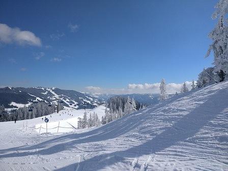 Uitzicht piste Saalbach Hinterglemm Oostenrijk