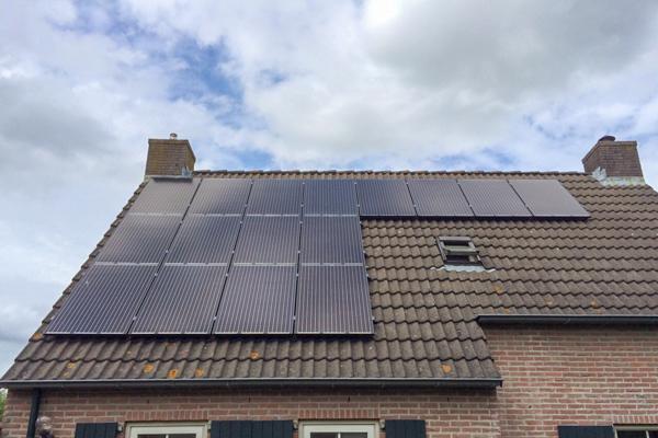 Zonnepanelen IJhorst